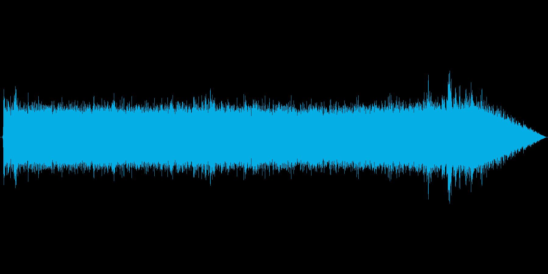 山の水辺の環境音 の再生済みの波形