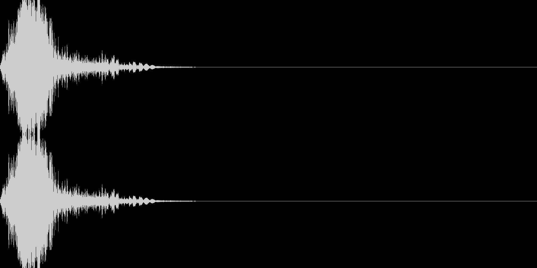 剣を振るの未再生の波形