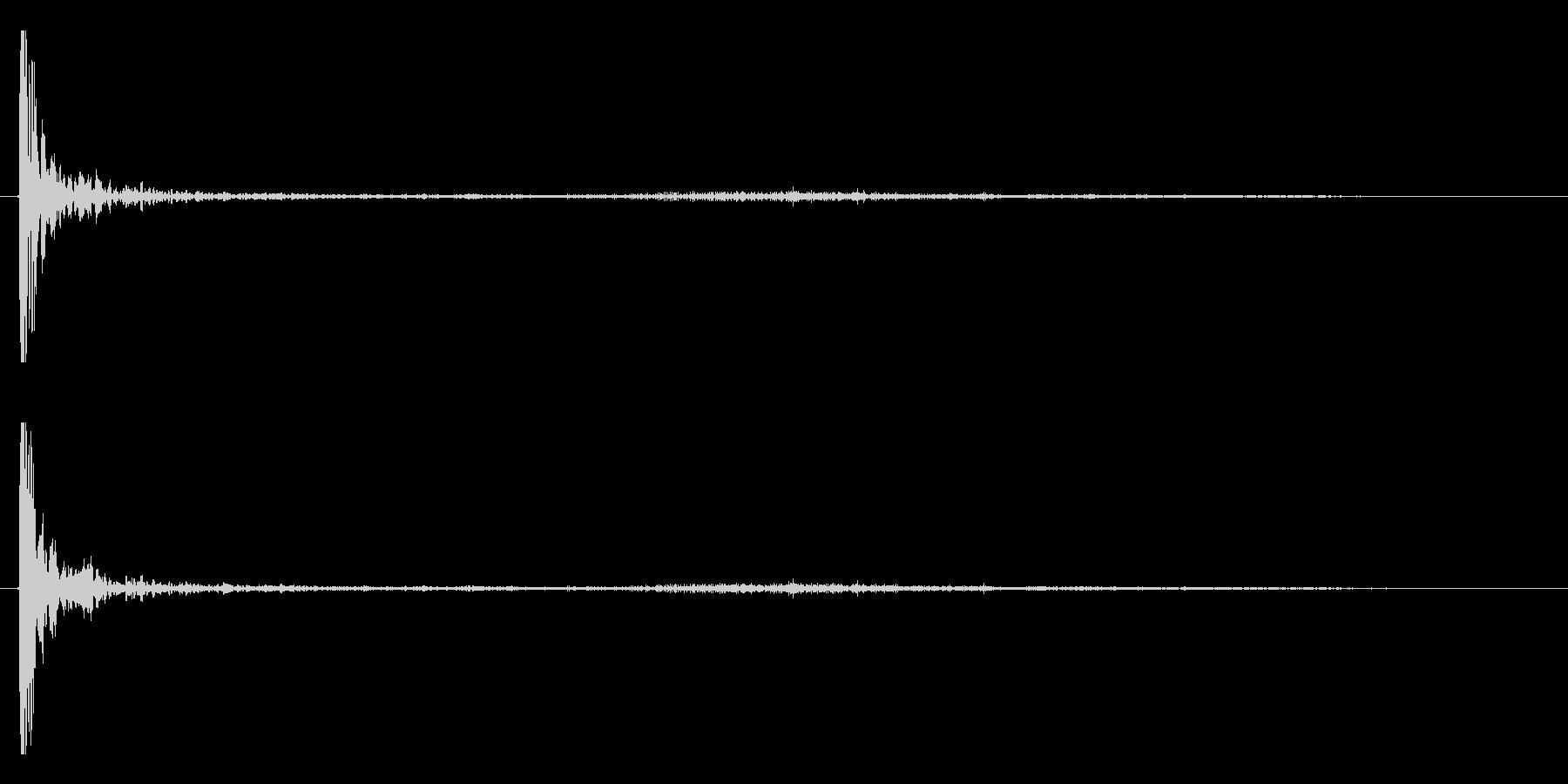 打ち上げ花火(ドン!ヒュ〜〜パラパラ)の未再生の波形
