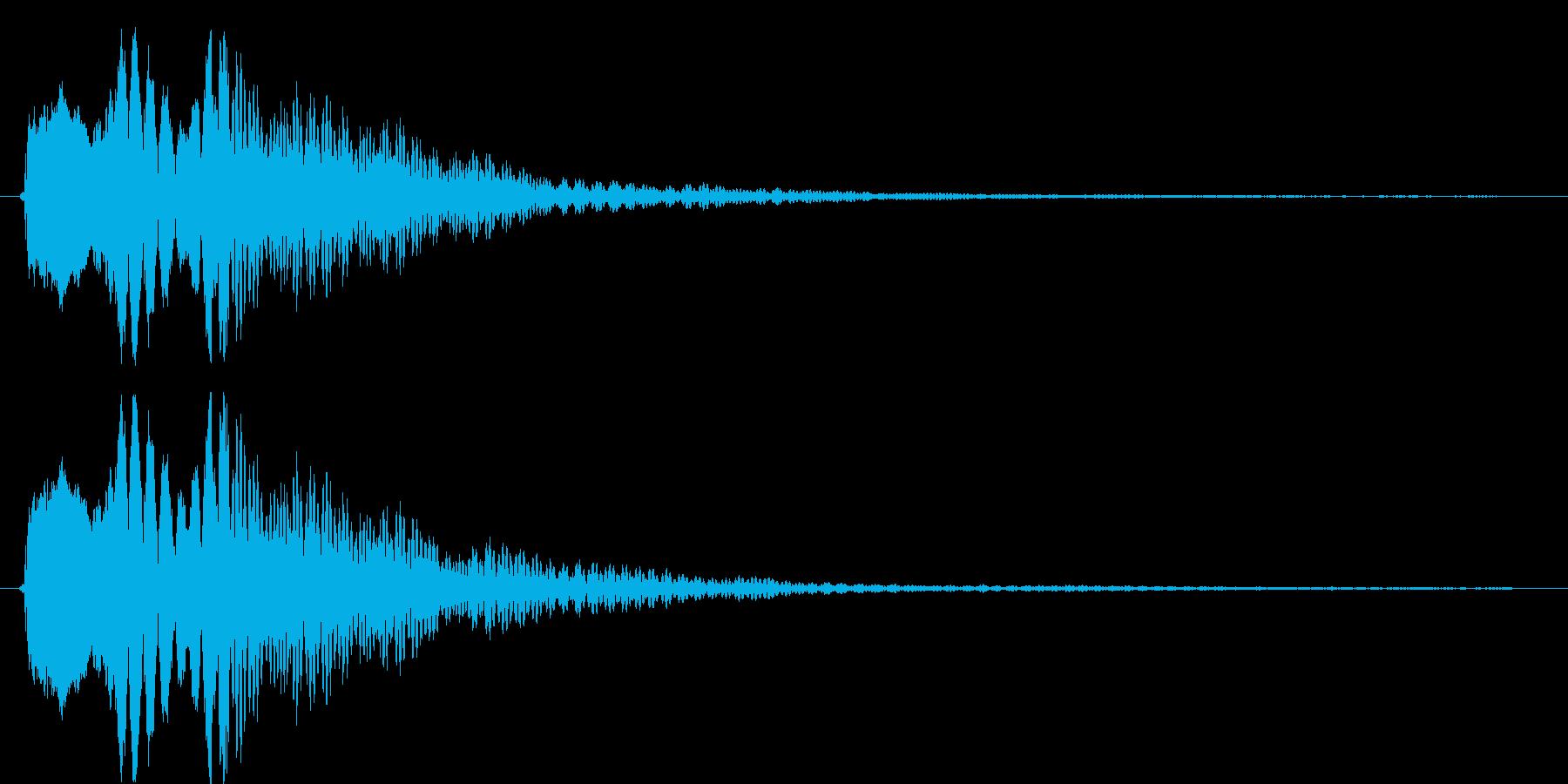 上から下に流れるビープ音の再生済みの波形