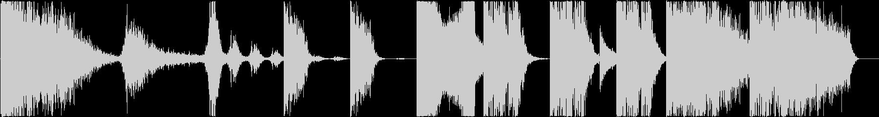 トレーラー : 打楽器中心の未再生の波形