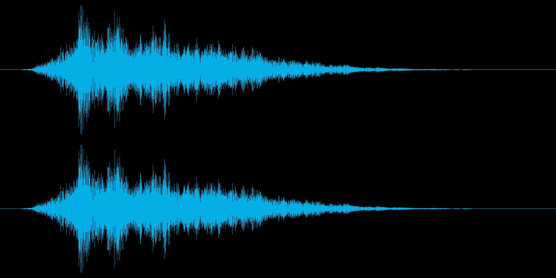 筒状の物を通過するイメージの再生済みの波形
