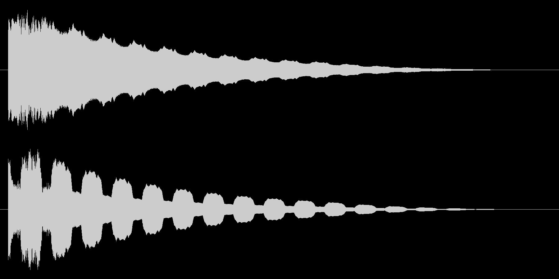 ピュゥイ~~~ンの未再生の波形