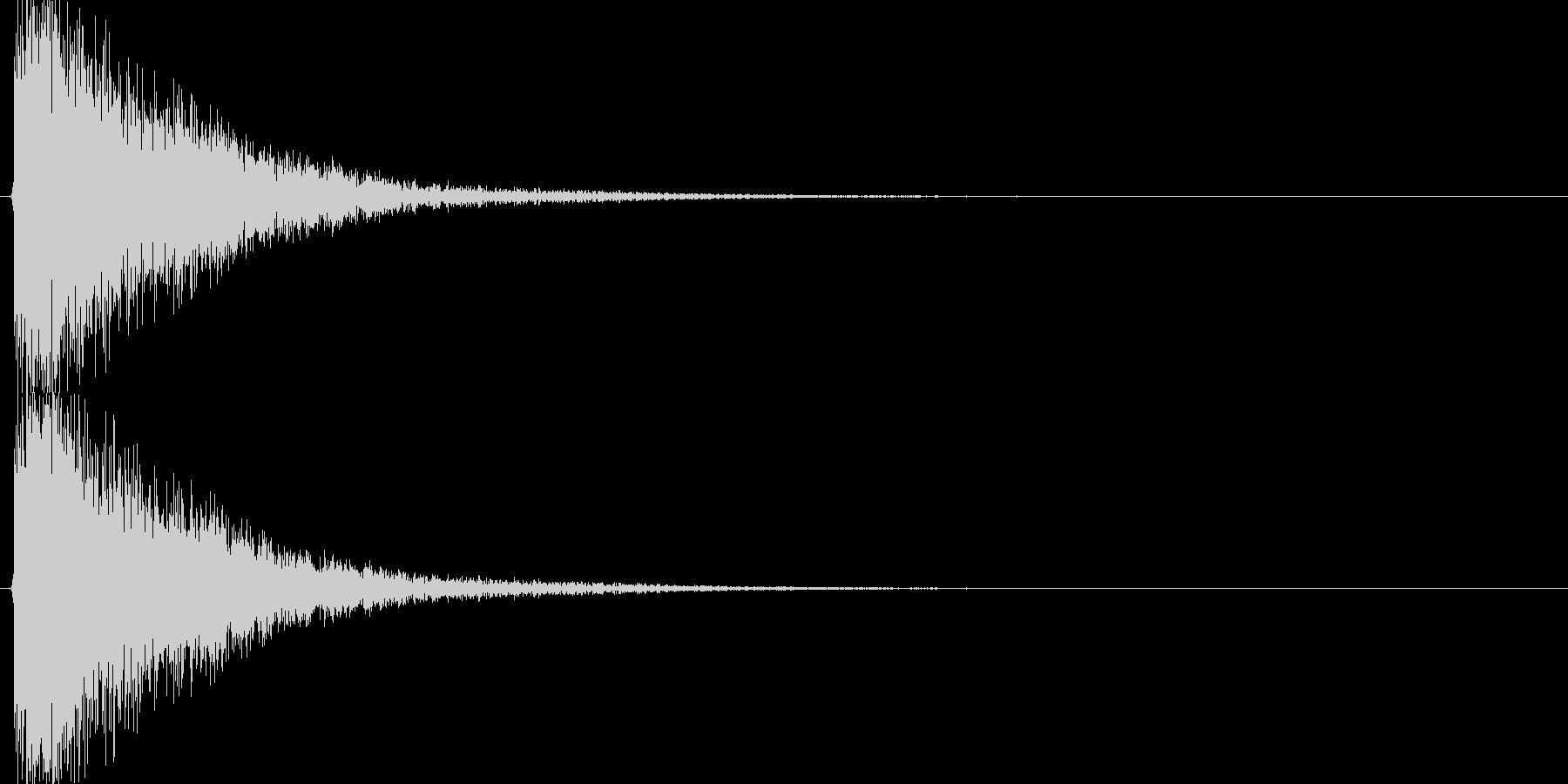 カーン(剣VS金属盾、大剣VS大剣)の未再生の波形