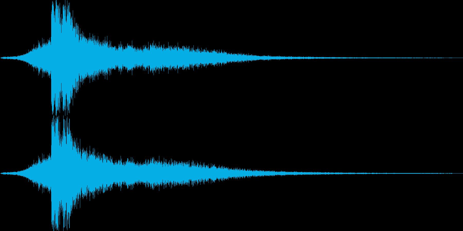 放電2 (キュイーン…バシューンゴロゴ…の再生済みの波形