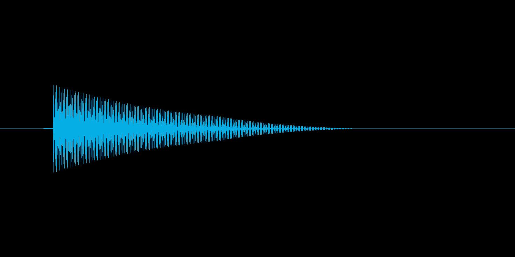 レトロ調な選択カーソル移動音。ピッ。の再生済みの波形