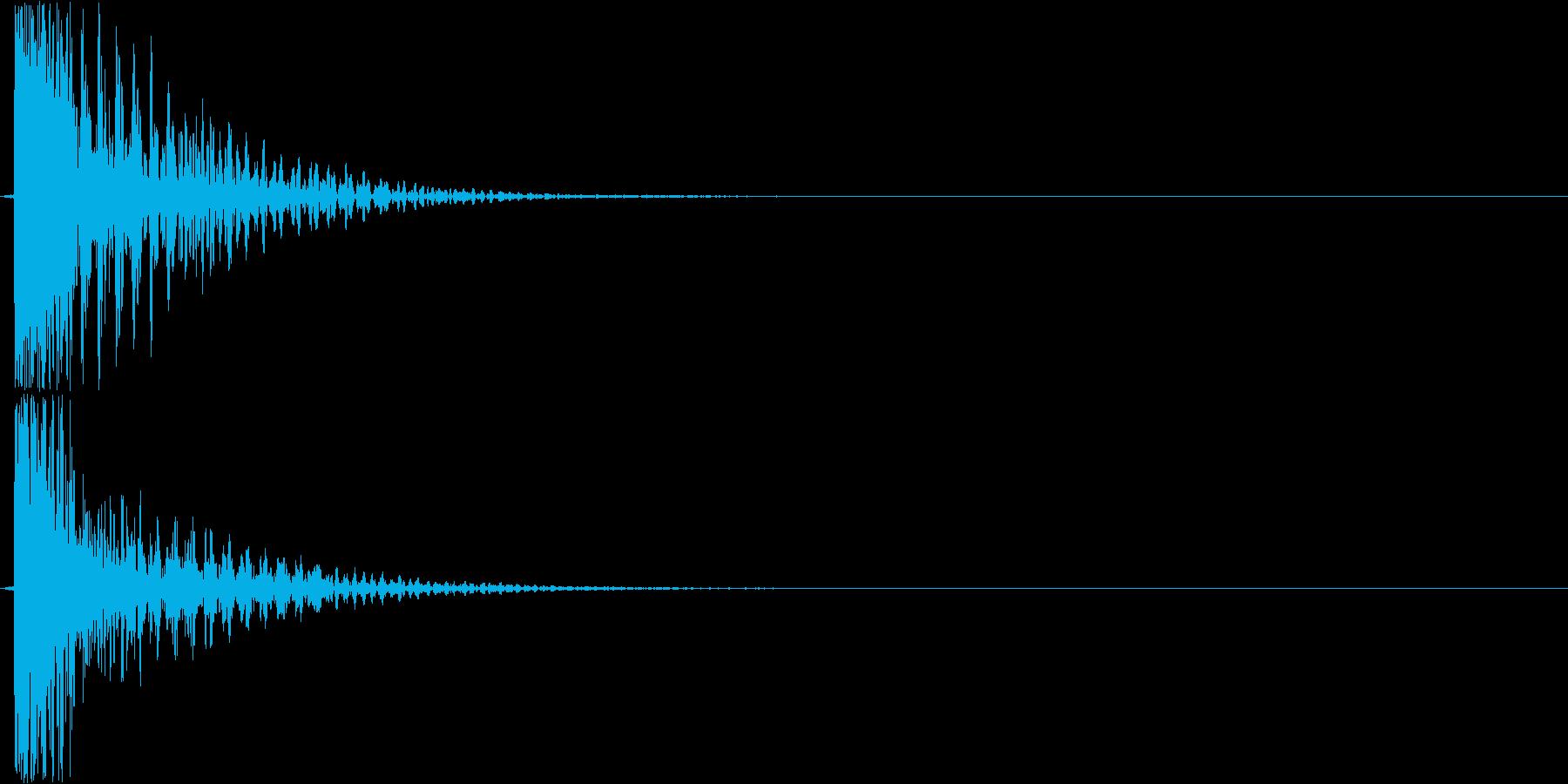 ガーン(不安感のある音)の再生済みの波形