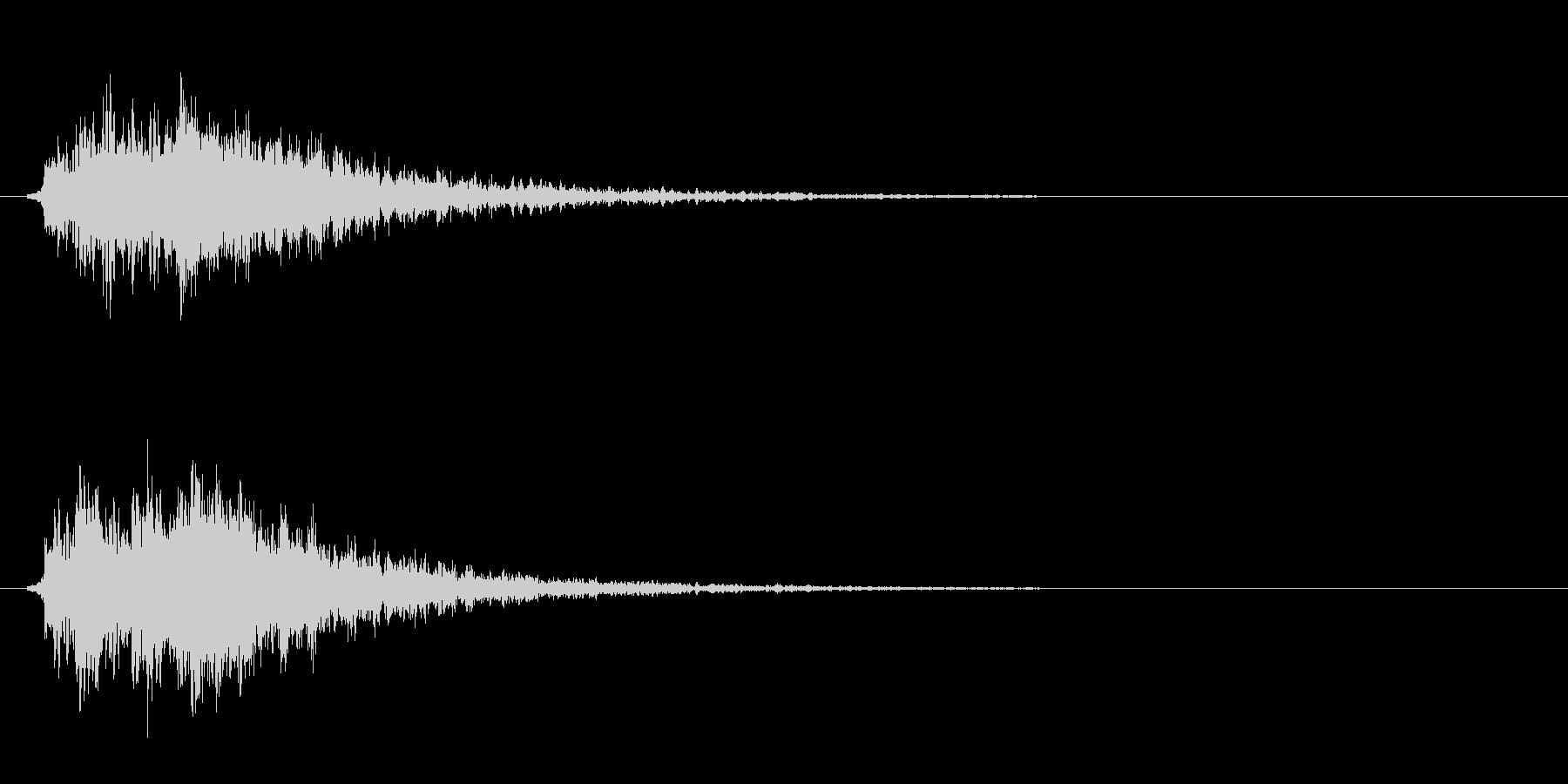 鎖などの金属的な打撃音の未再生の波形