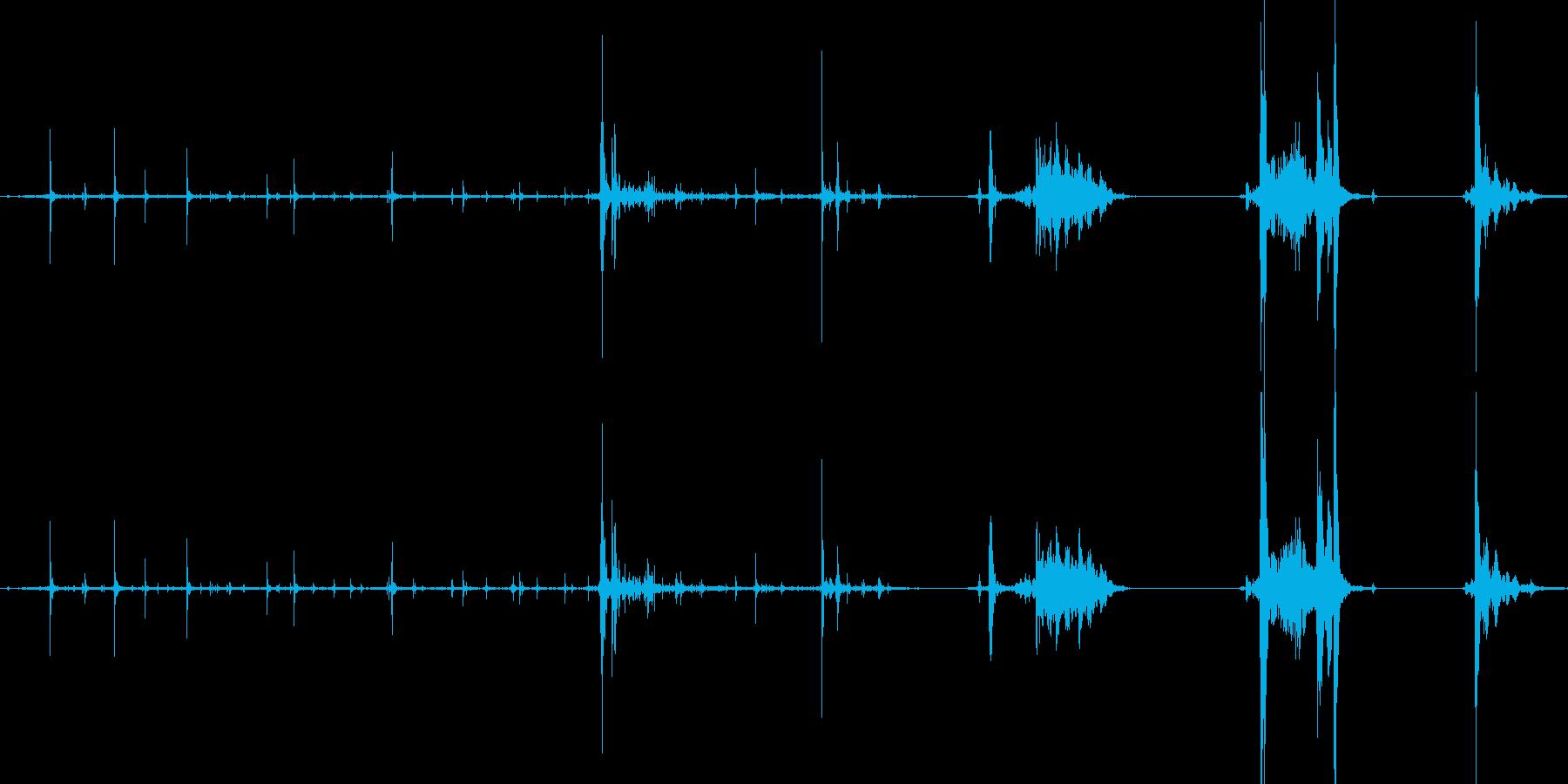 小瓶の蓋を開ける音1の再生済みの波形