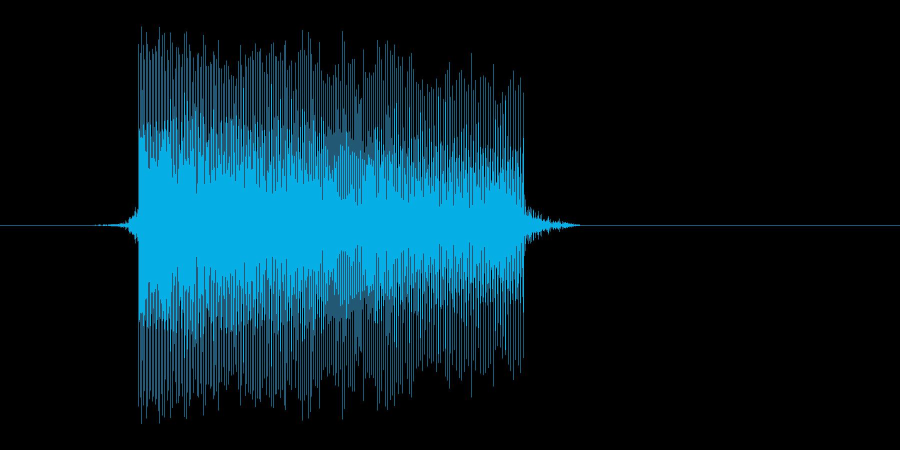 ゲーム(ファミコン風)レーザー音_048の再生済みの波形