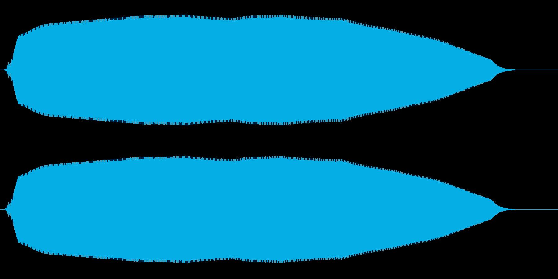 ヒュウーン(落下する物体の効果音)の再生済みの波形