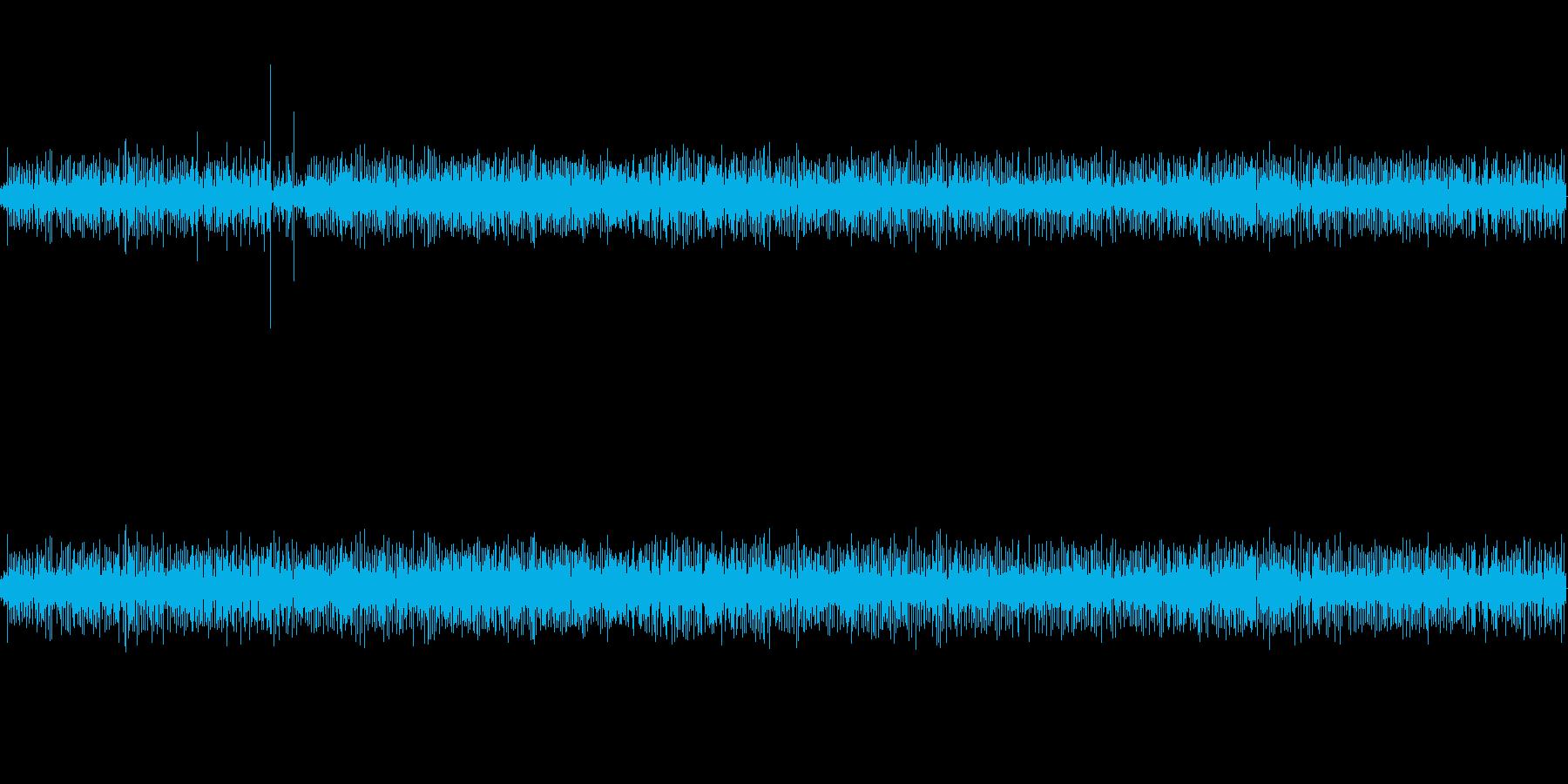 【生音】 足音_キャリーバック_01の再生済みの波形