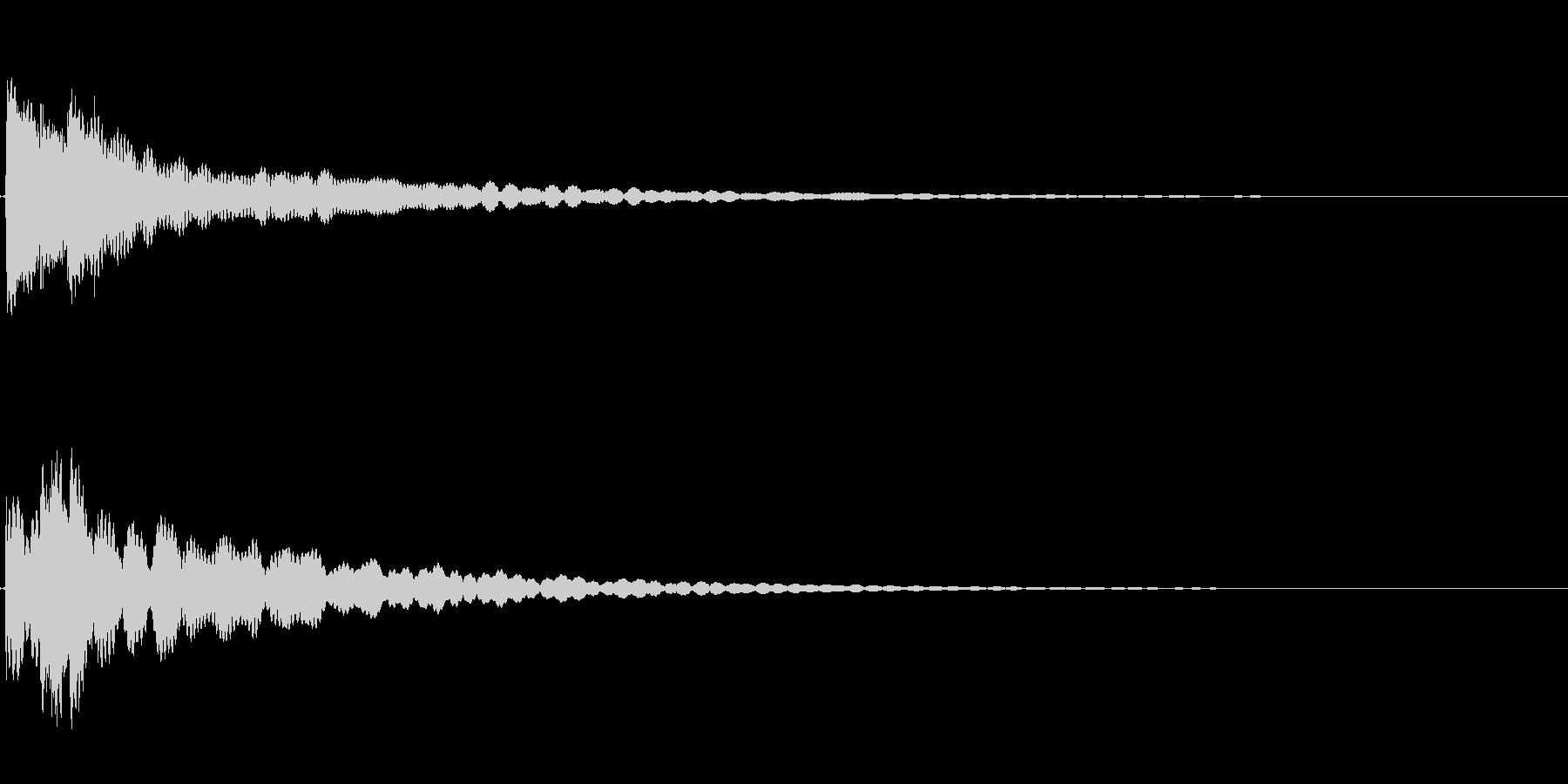 チリーンという凛とした雰囲気の音の未再生の波形