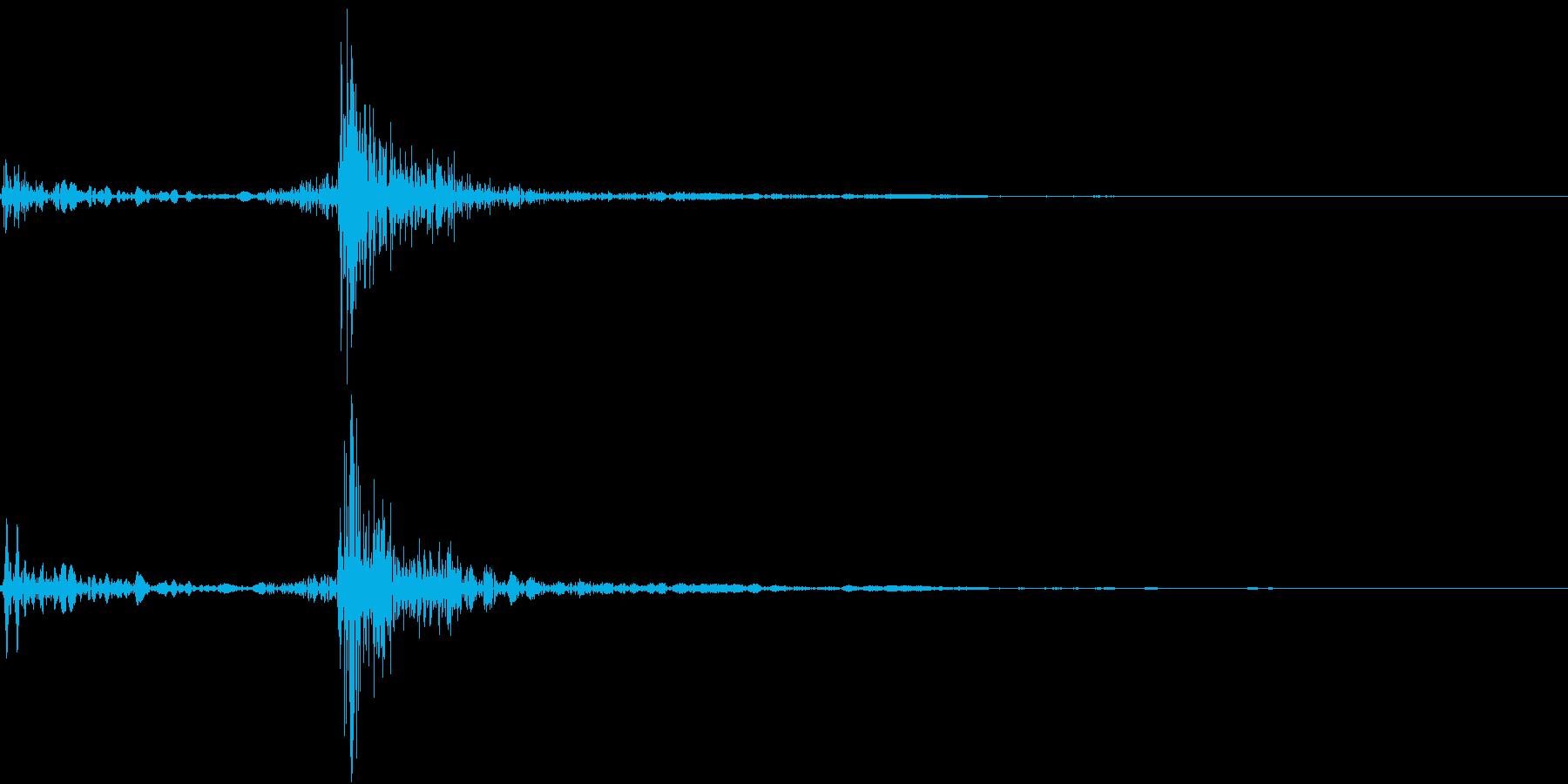 受話器を取る(ガチャッ)の再生済みの波形
