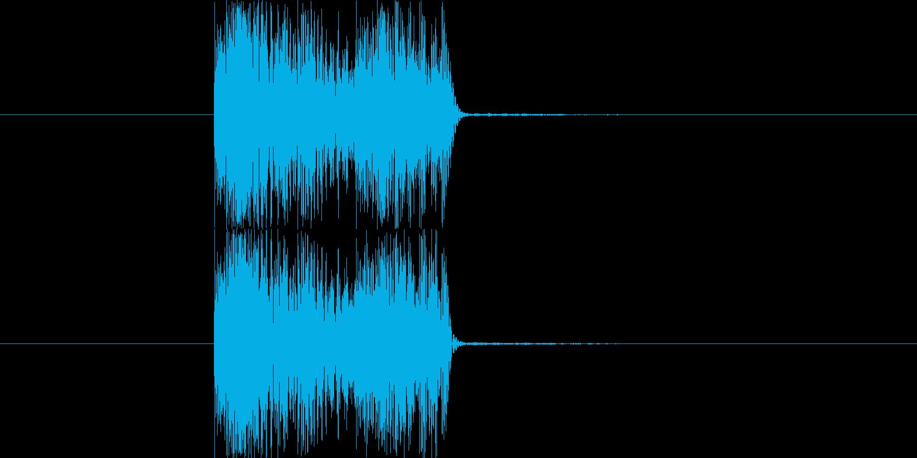 シンセで作った斬撃音です。下から斬るあ…の再生済みの波形