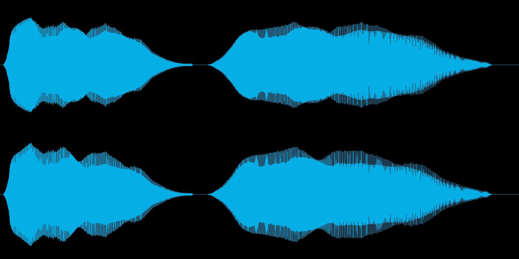 ふわふわ(2段階・ダウンで終わる効果音)の再生済みの波形