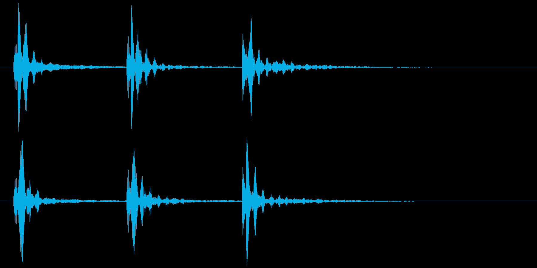 水が滴るような音の再生済みの波形