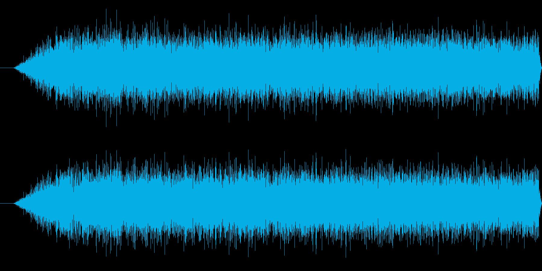 プロペラの回転音の再生済みの波形