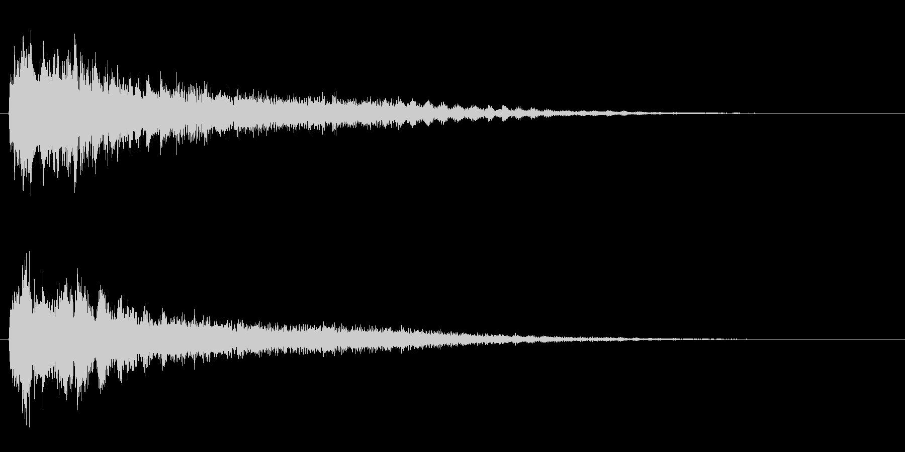 サスペンスに最適!ピアノの弦を弄ぶ音33の未再生の波形