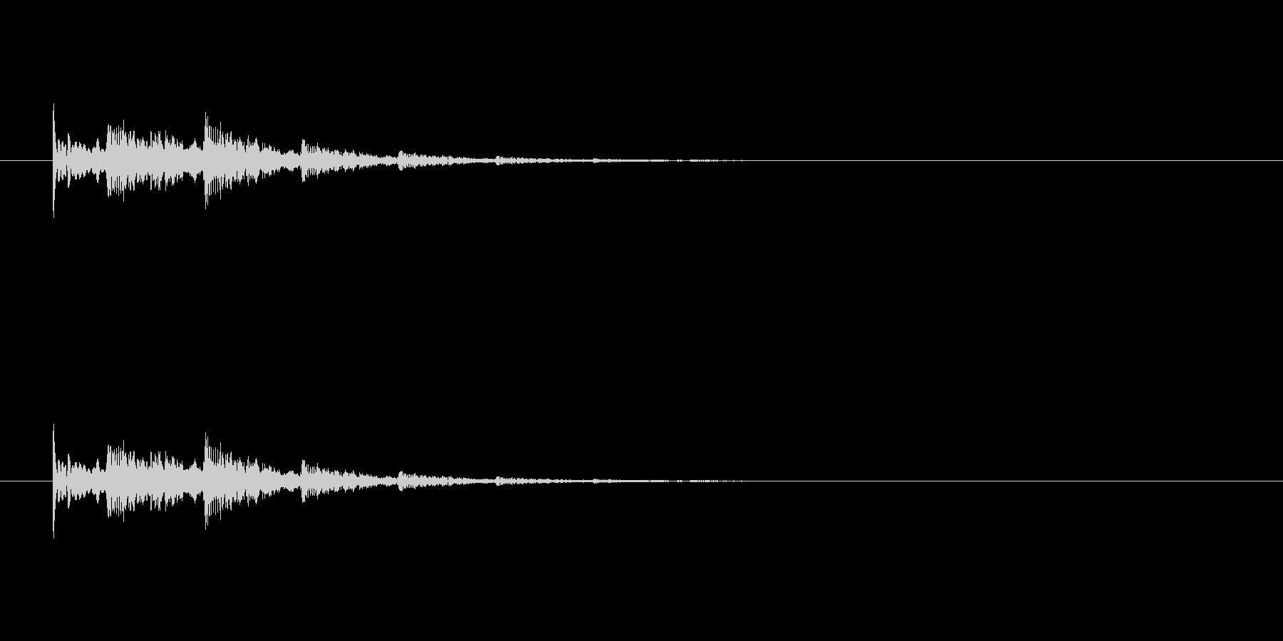 【アクセント33-4】の未再生の波形