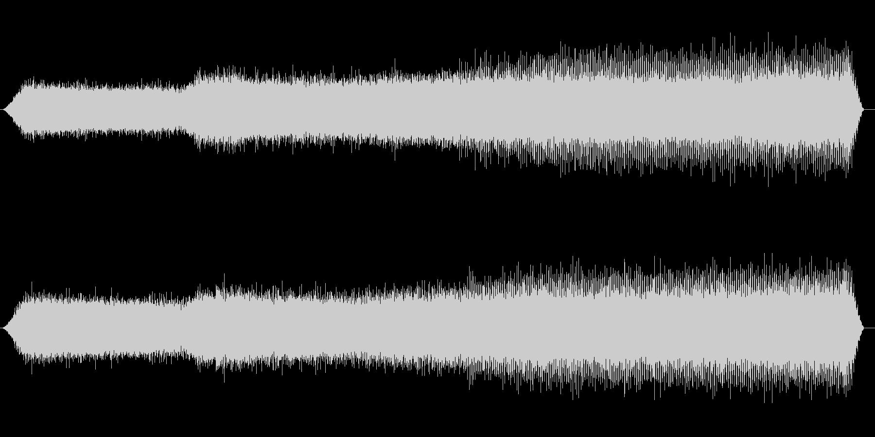 夏の山の環境音(夕方、セミ)の未再生の波形