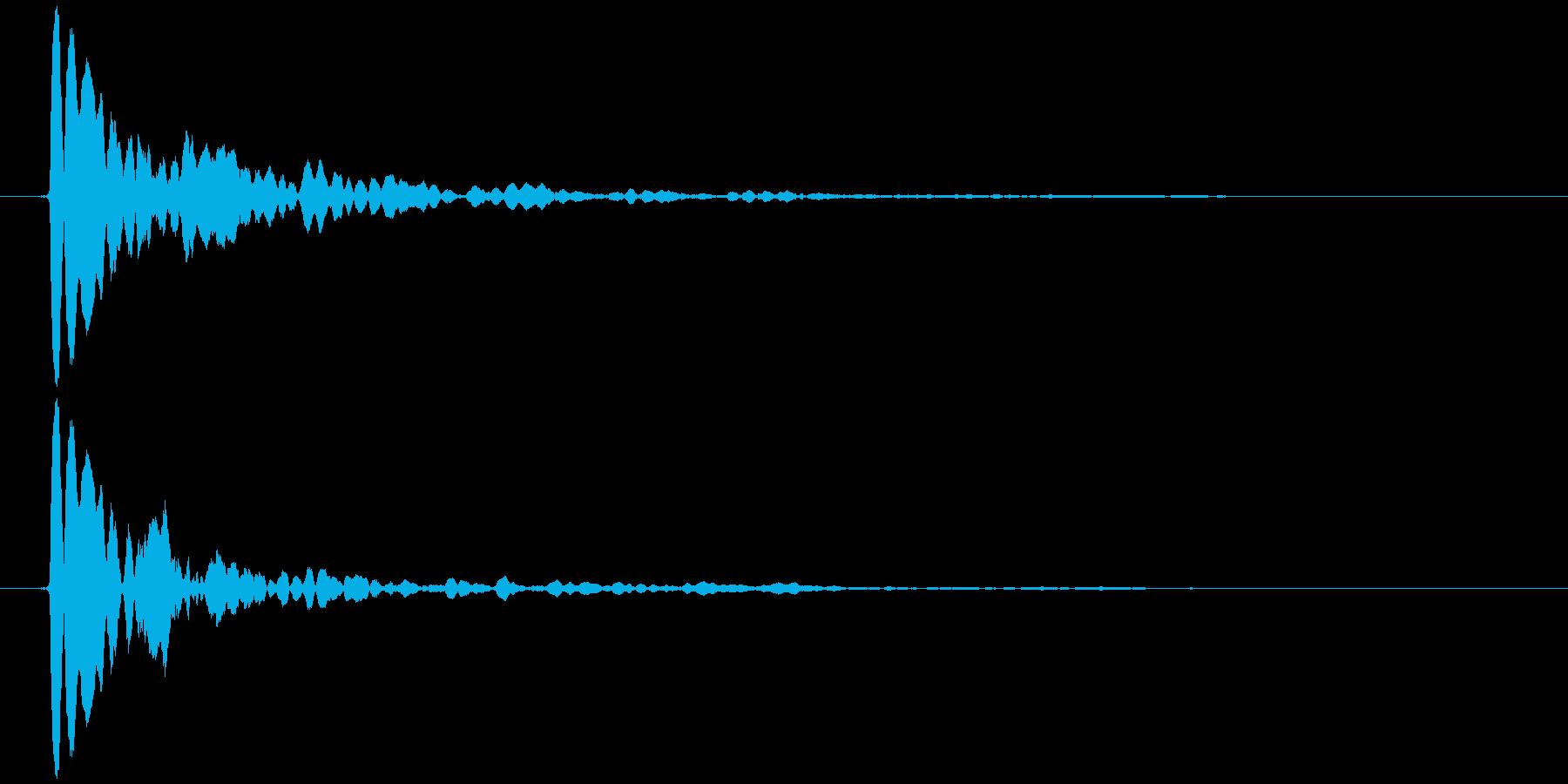 水滴 一滴 カッ(鋭く、低め)の再生済みの波形