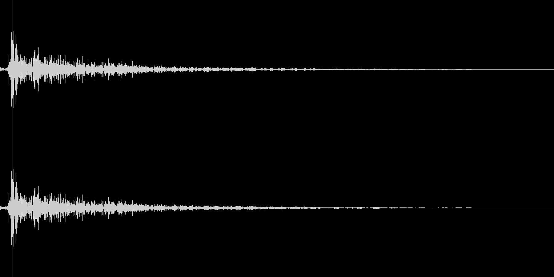 将棋の駒を指す 効果音 02の未再生の波形
