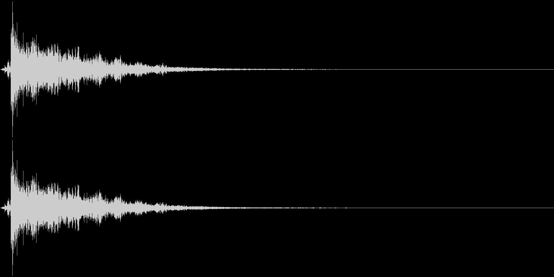 パーン+キラキラ(魔法/特殊攻撃)の未再生の波形