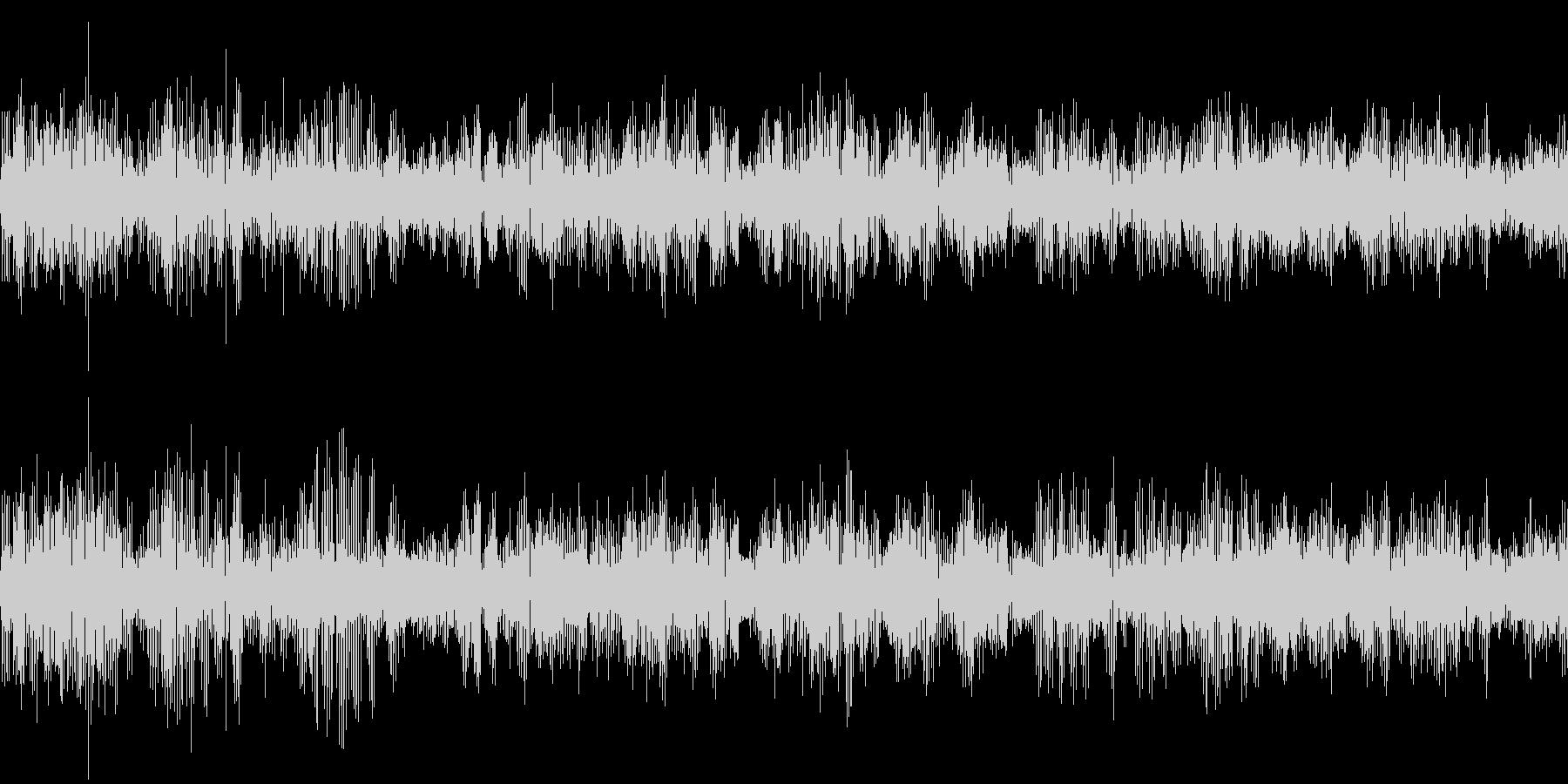 カエルの大合唱(環境音)の未再生の波形