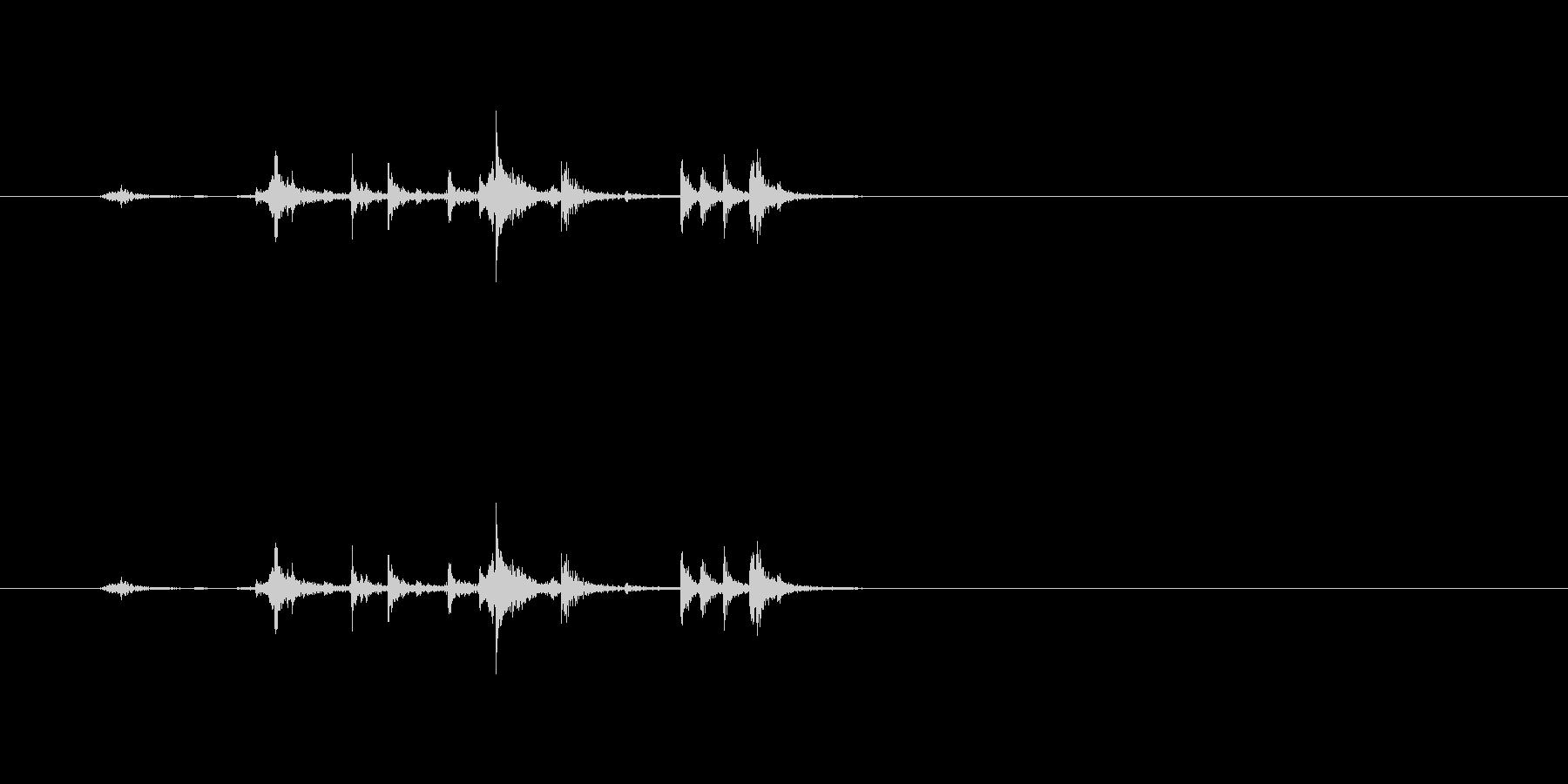 【筆箱01-1(開ける)】の未再生の波形