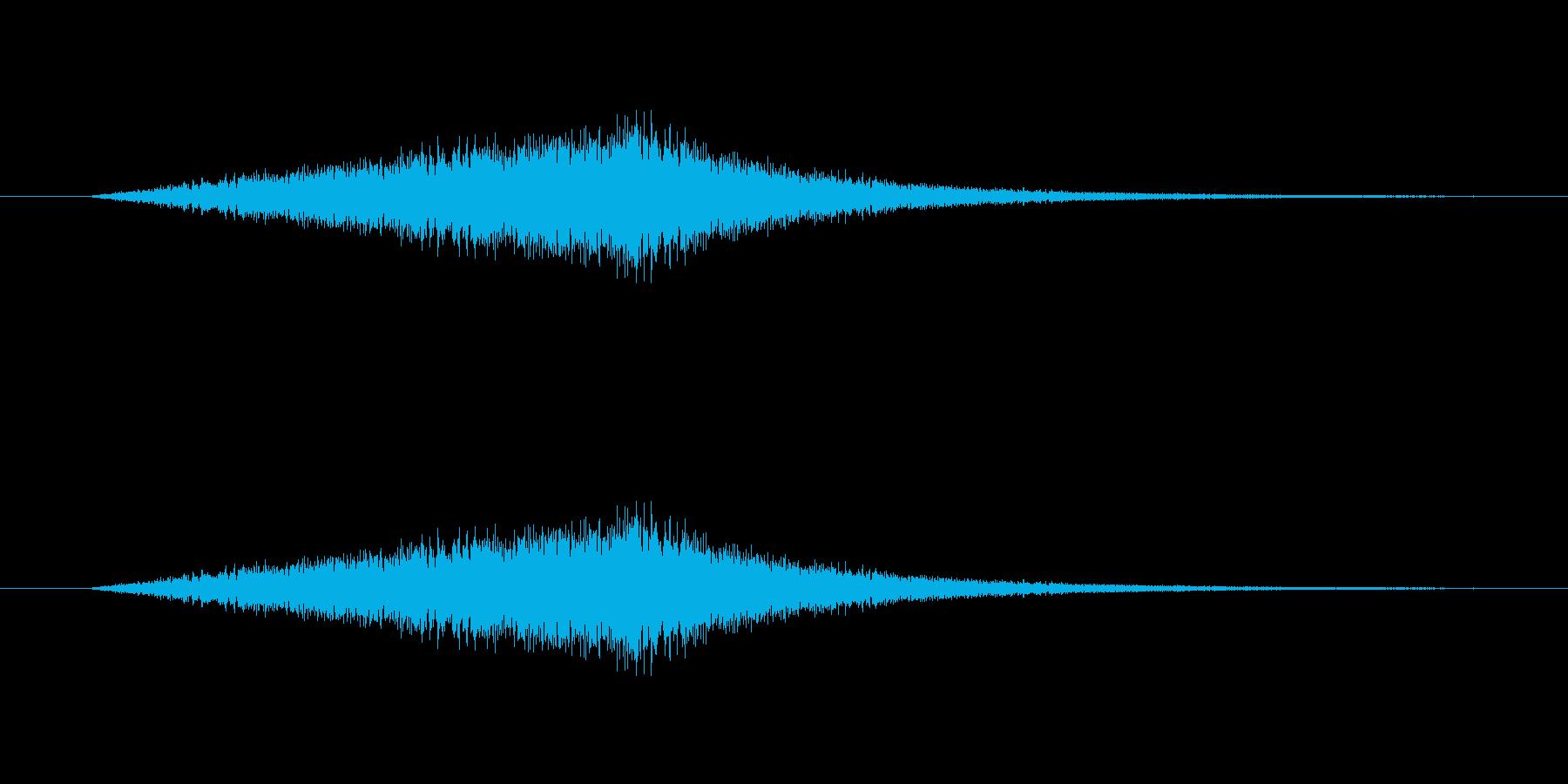 波音(海岸、ビーチでのさざ波の音)の再生済みの波形