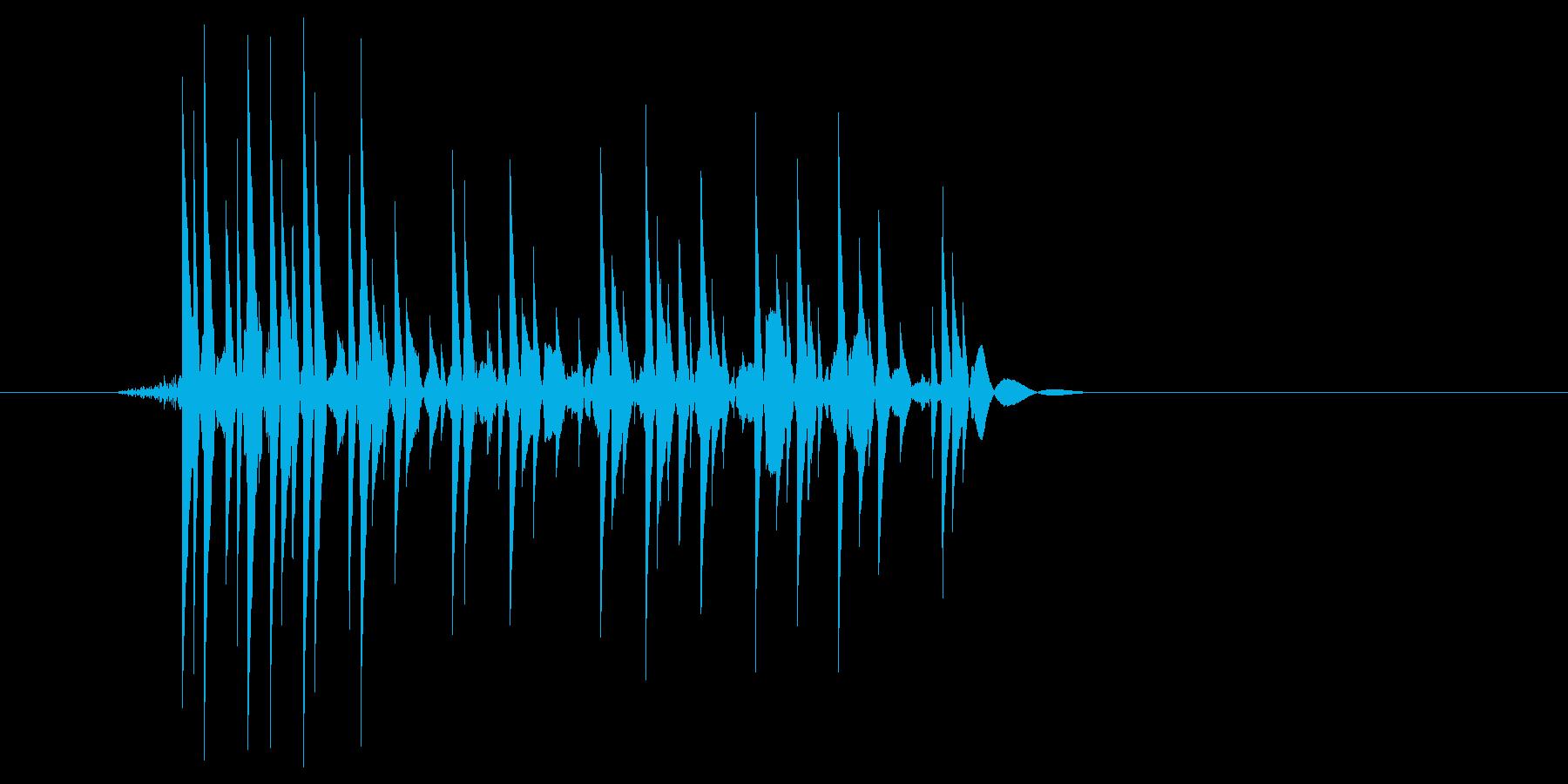 ゲーム(ファミコン風)爆発音_037の再生済みの波形