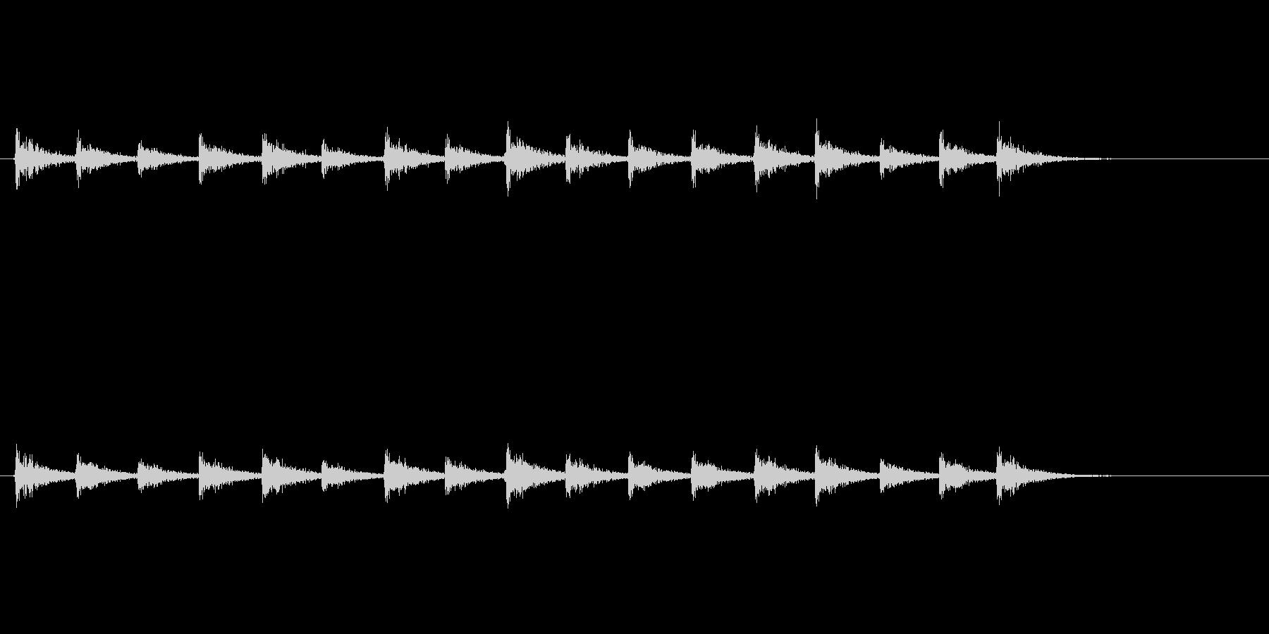 【足音03-4】の未再生の波形