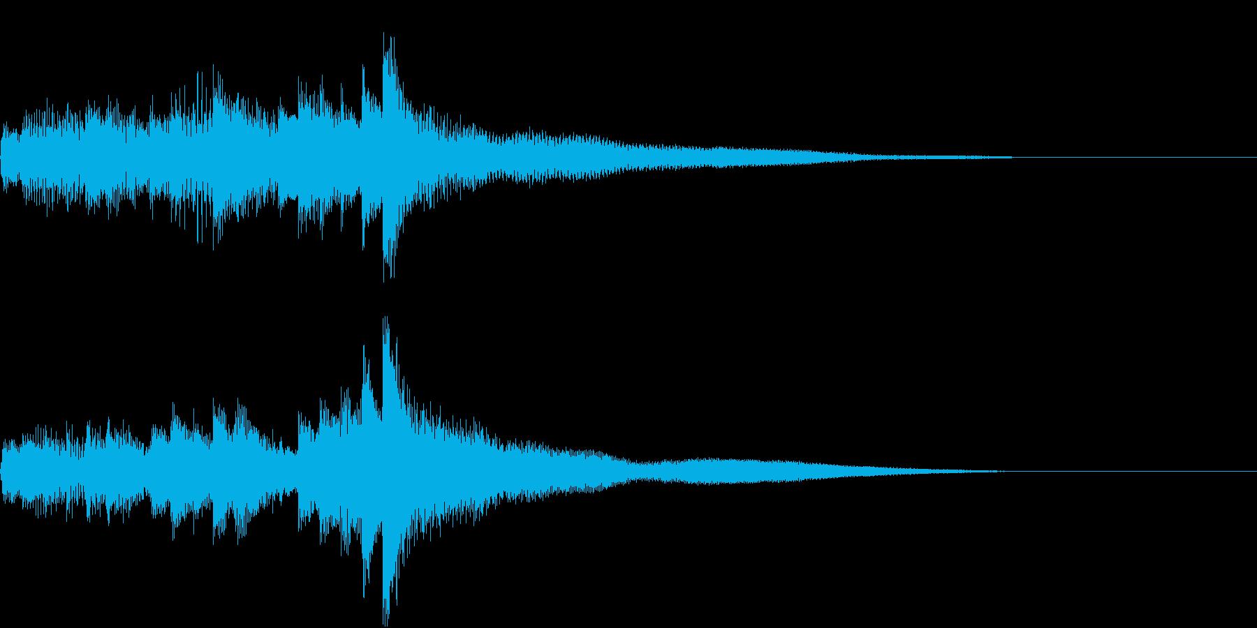 不思議なアルペジオのピアノジングルの再生済みの波形