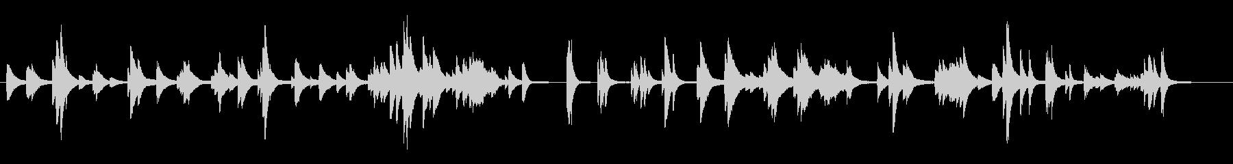 静かで物悲しいピアノソロ曲です。の未再生の波形
