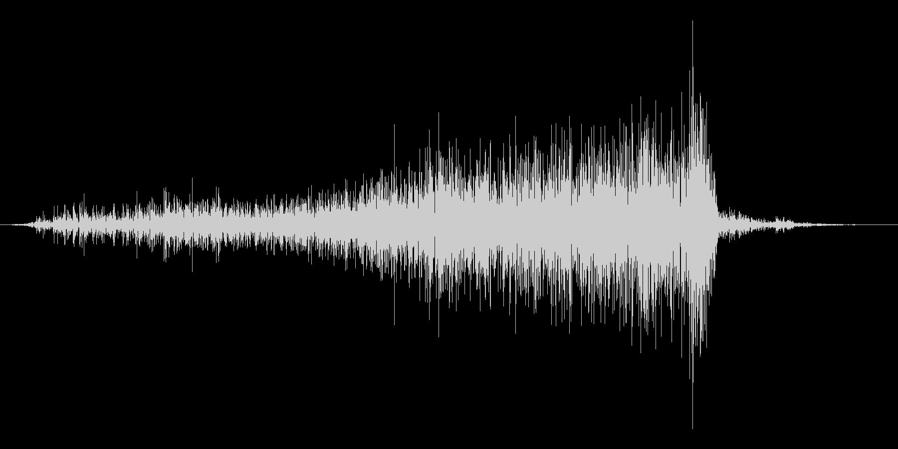 紙を破る音の未再生の波形
