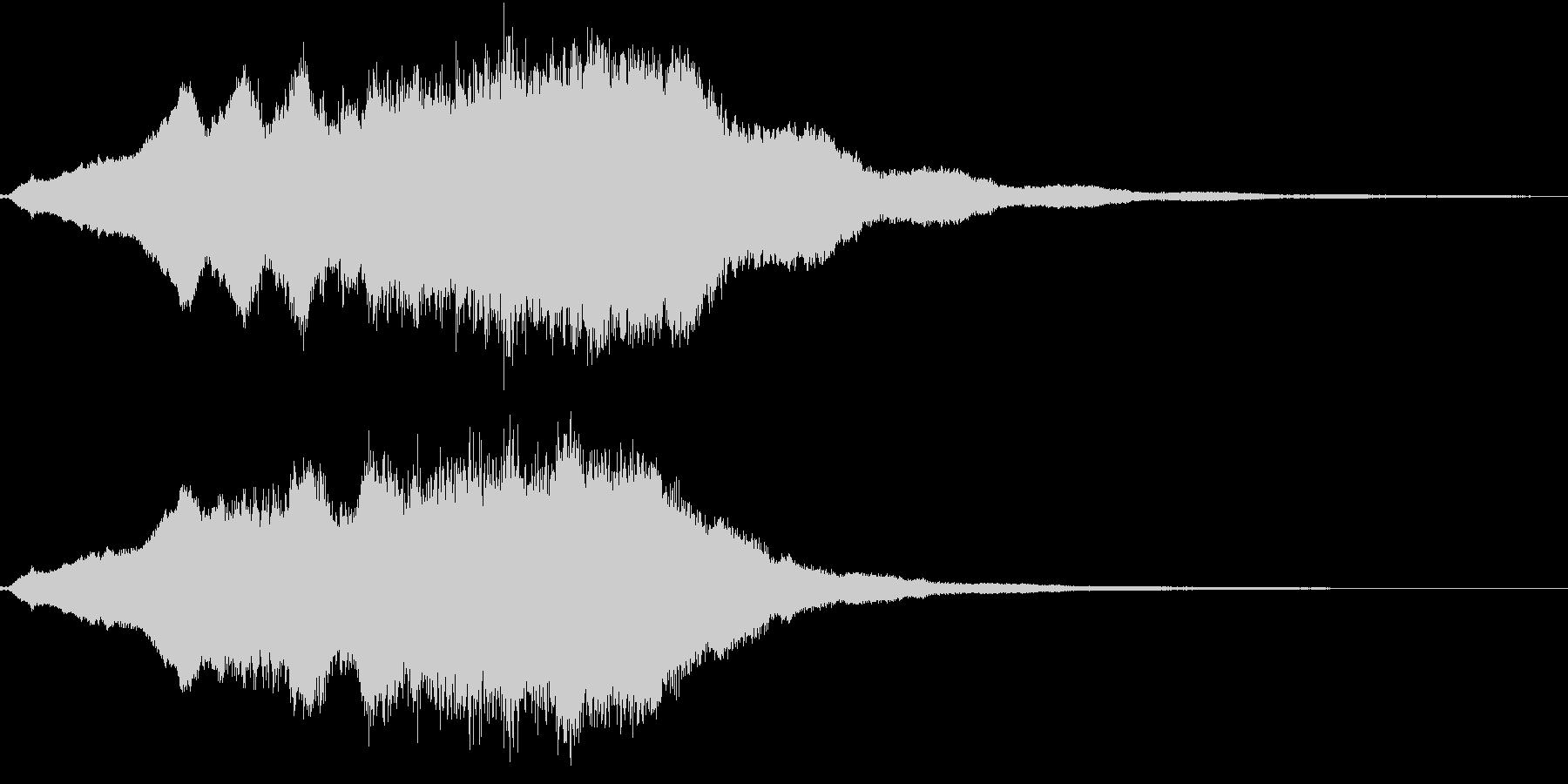 生演奏:高音で重なる美しいヴァイオリンの未再生の波形
