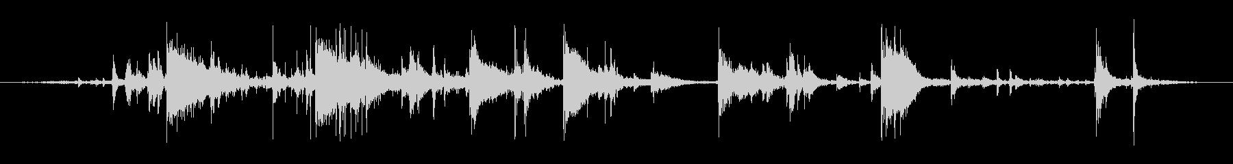 氷を入れる音(カランカラン、チンチロリンの未再生の波形