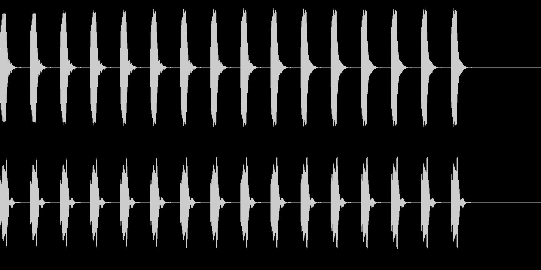 ピー、ピー、心電図の音 リバーブの未再生の波形