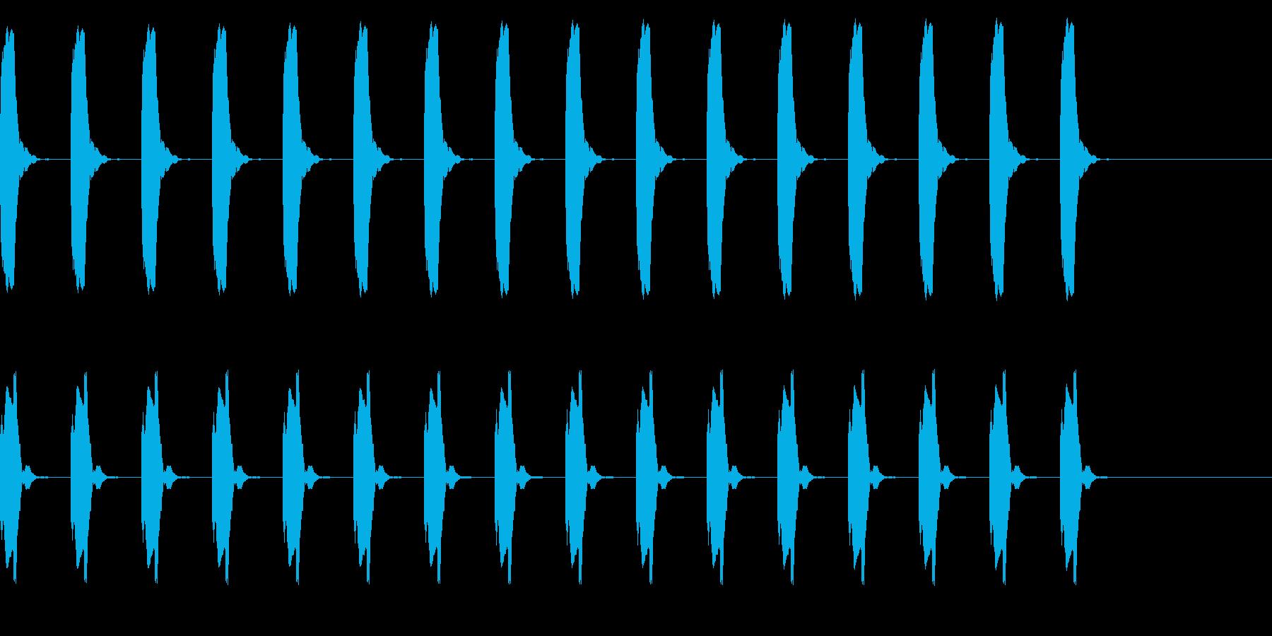 ピー、ピー、心電図の音 リバーブの再生済みの波形