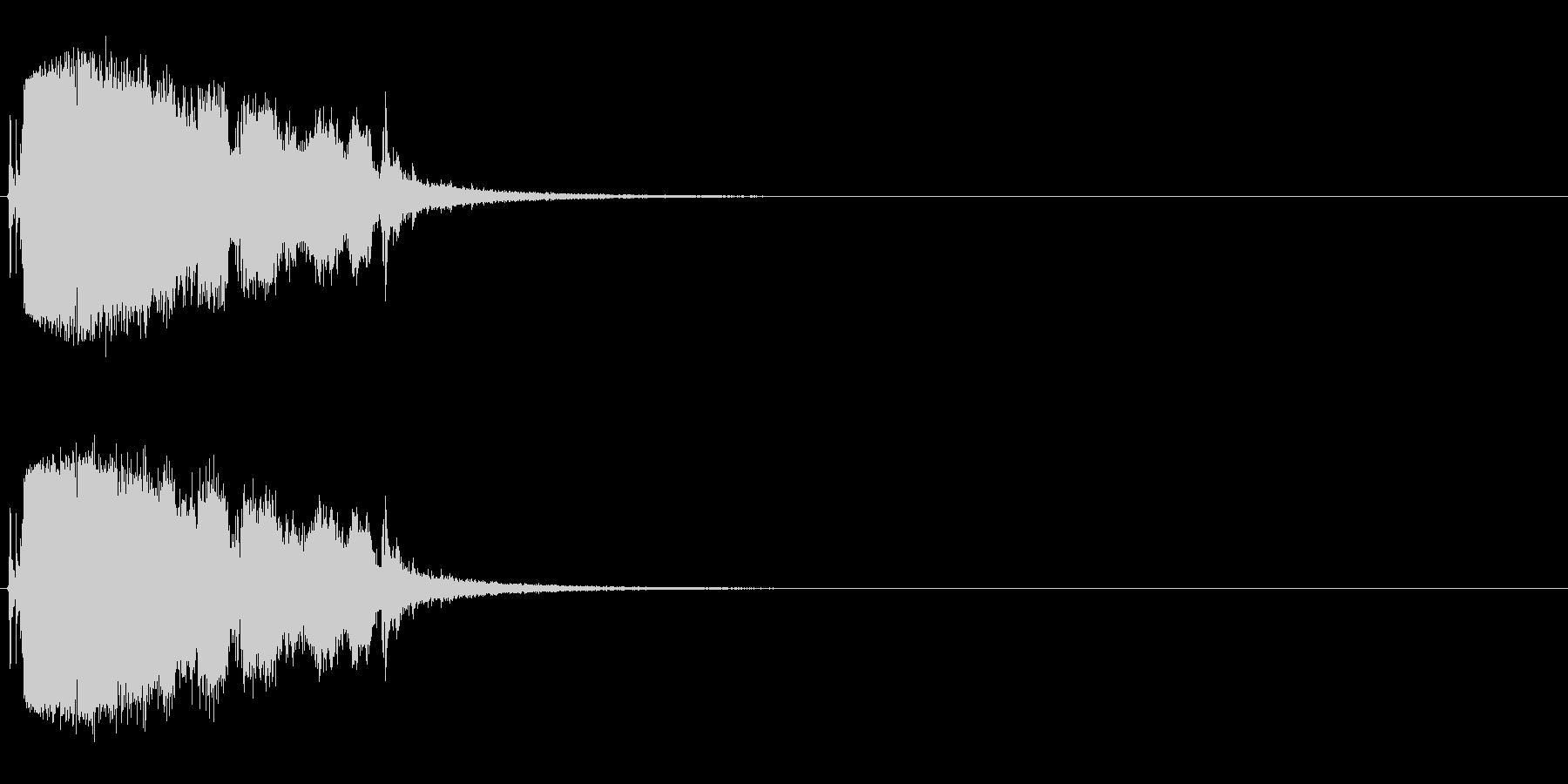 ガラス割る (ガシャーンパリパリ)の未再生の波形