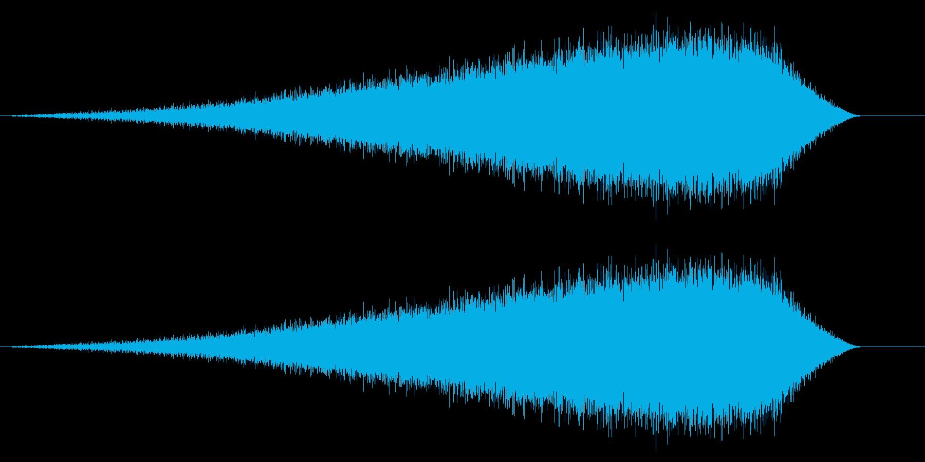 何かが迫るような効果音_ホラー系_ノイズの再生済みの波形