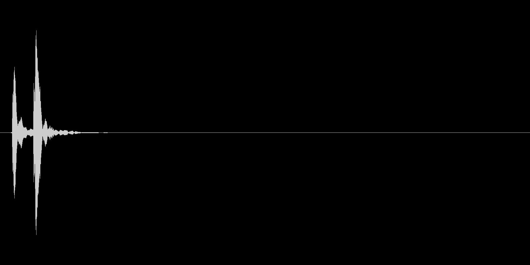 コケッ(転ぶ、こける、コミカル)の未再生の波形