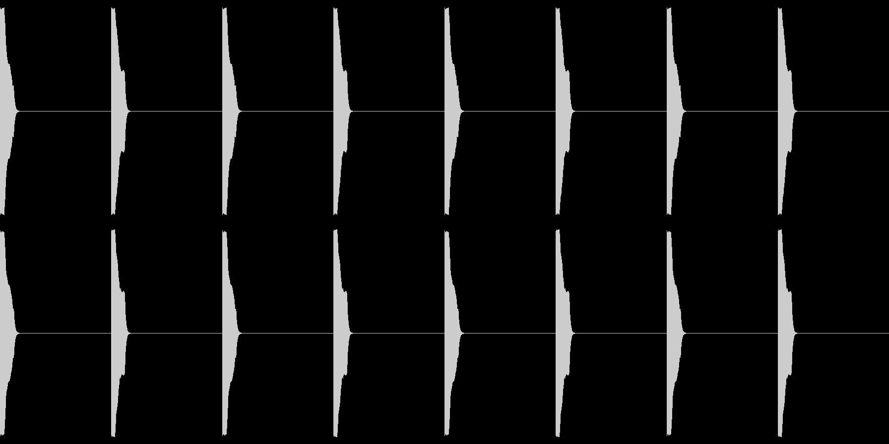 カウント01(高音)の未再生の波形