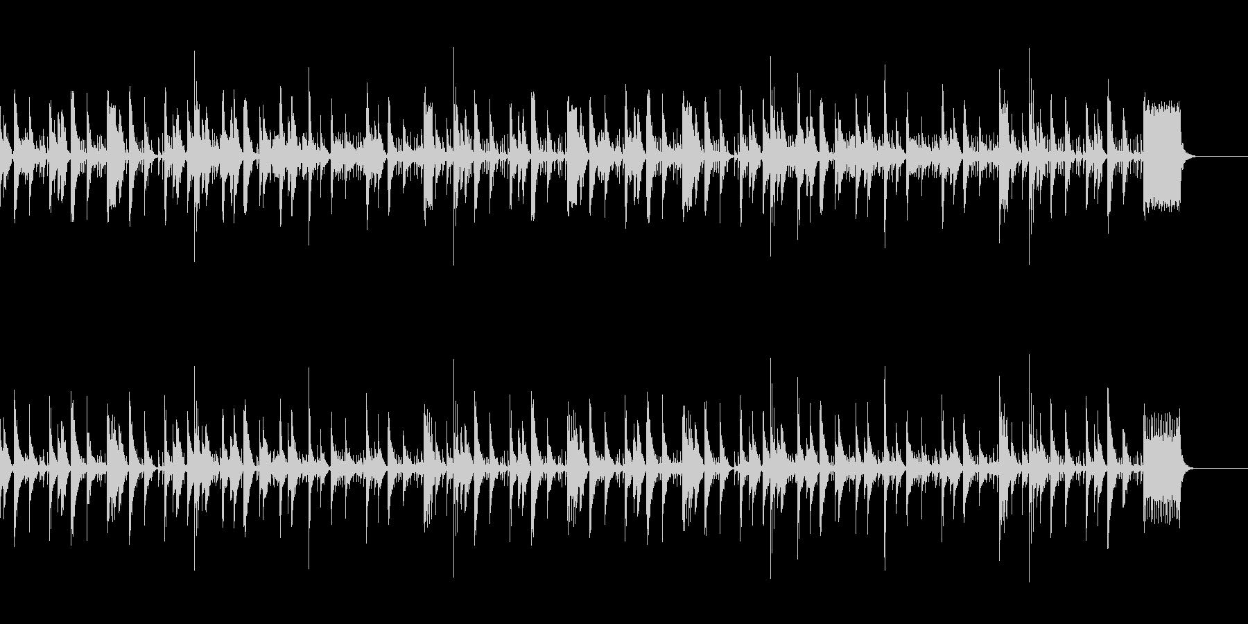 打楽器とフルートのほのぼのした曲の未再生の波形