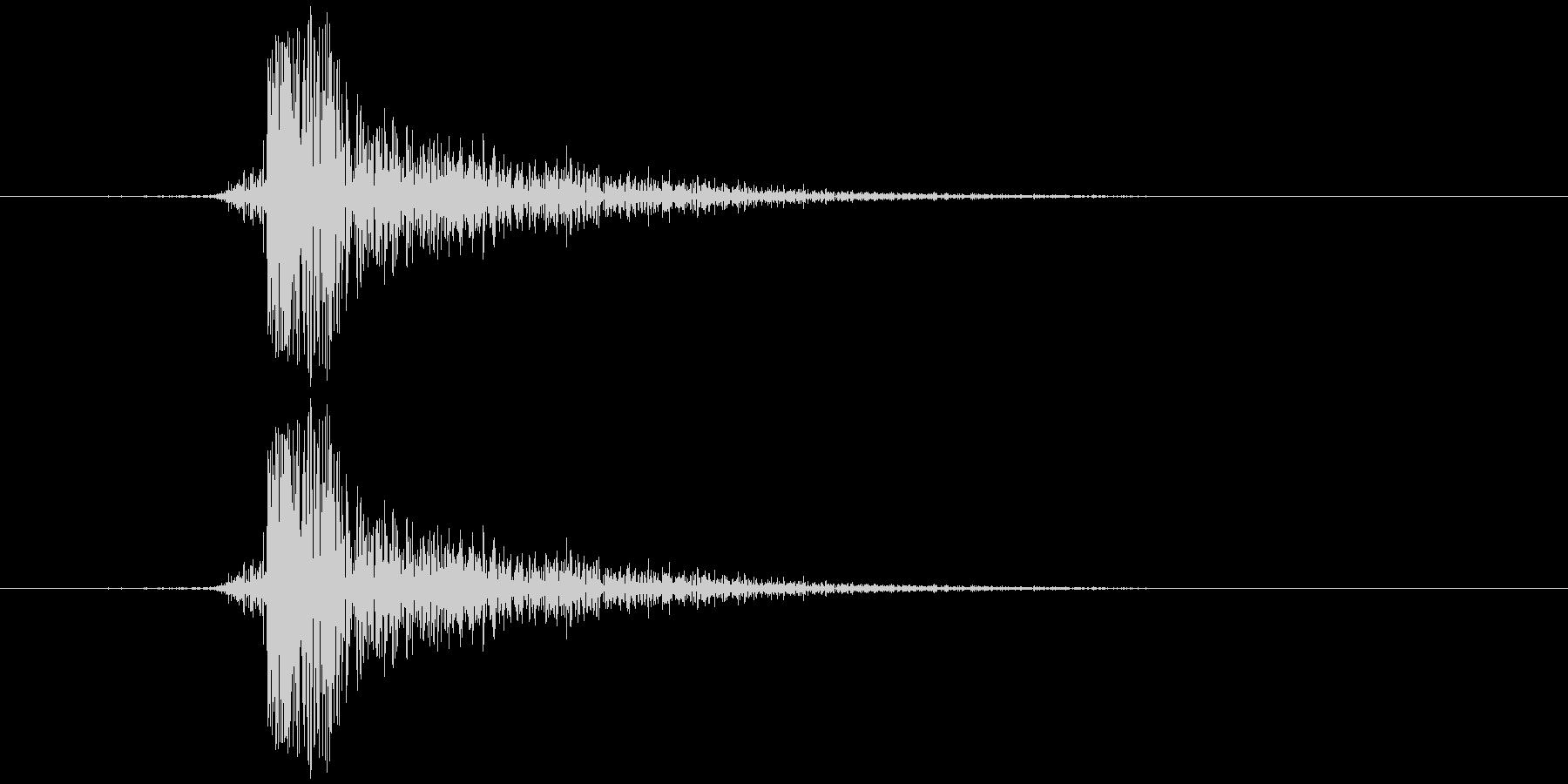チン(金属)の未再生の波形