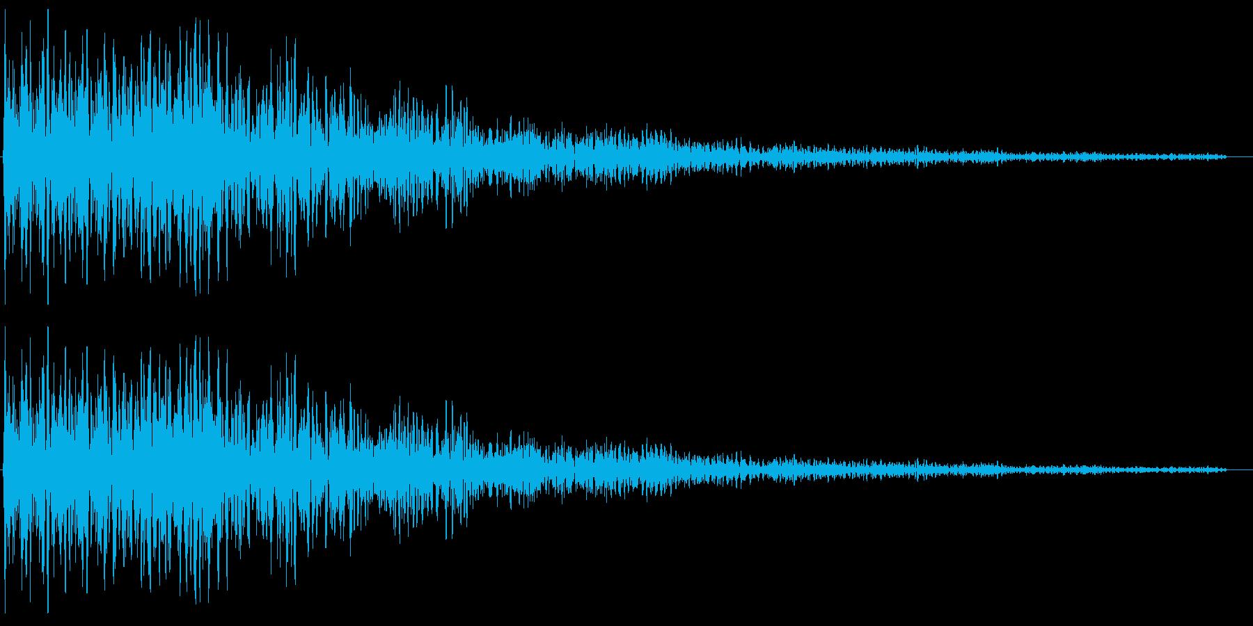 洞窟に響き渡る不吉な音の再生済みの波形
