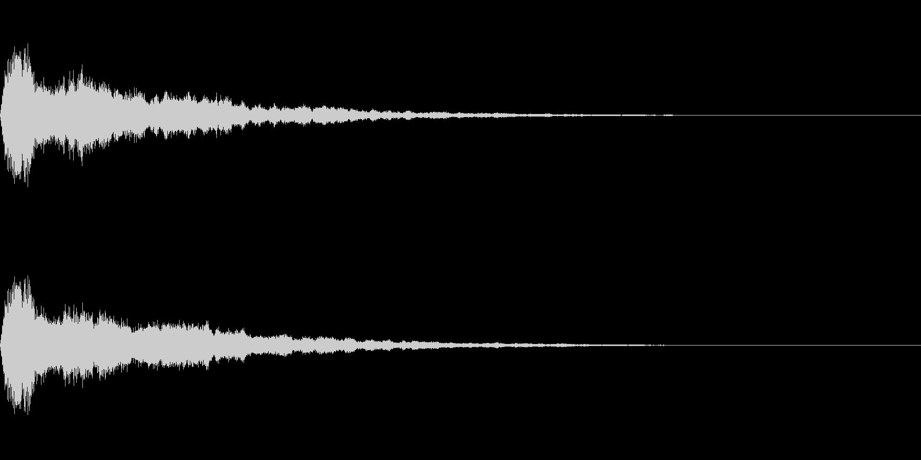 鈴をイメージしたアラーム音(エコー付き)の未再生の波形