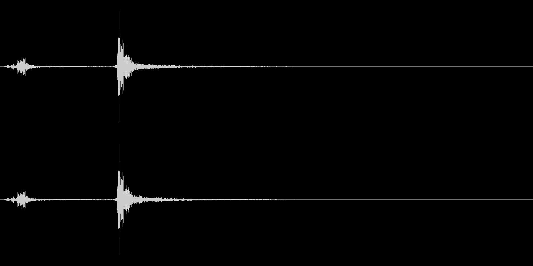 「スッチャッ!」木製シェイカー振り音FXの未再生の波形