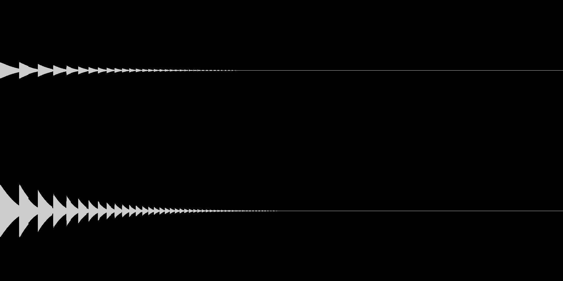 ゴルフボールがカップに入るような音の未再生の波形